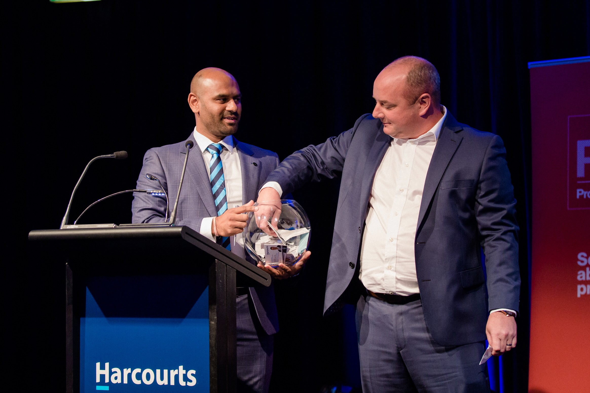awards harcourts, gala, dinner event, auckland
